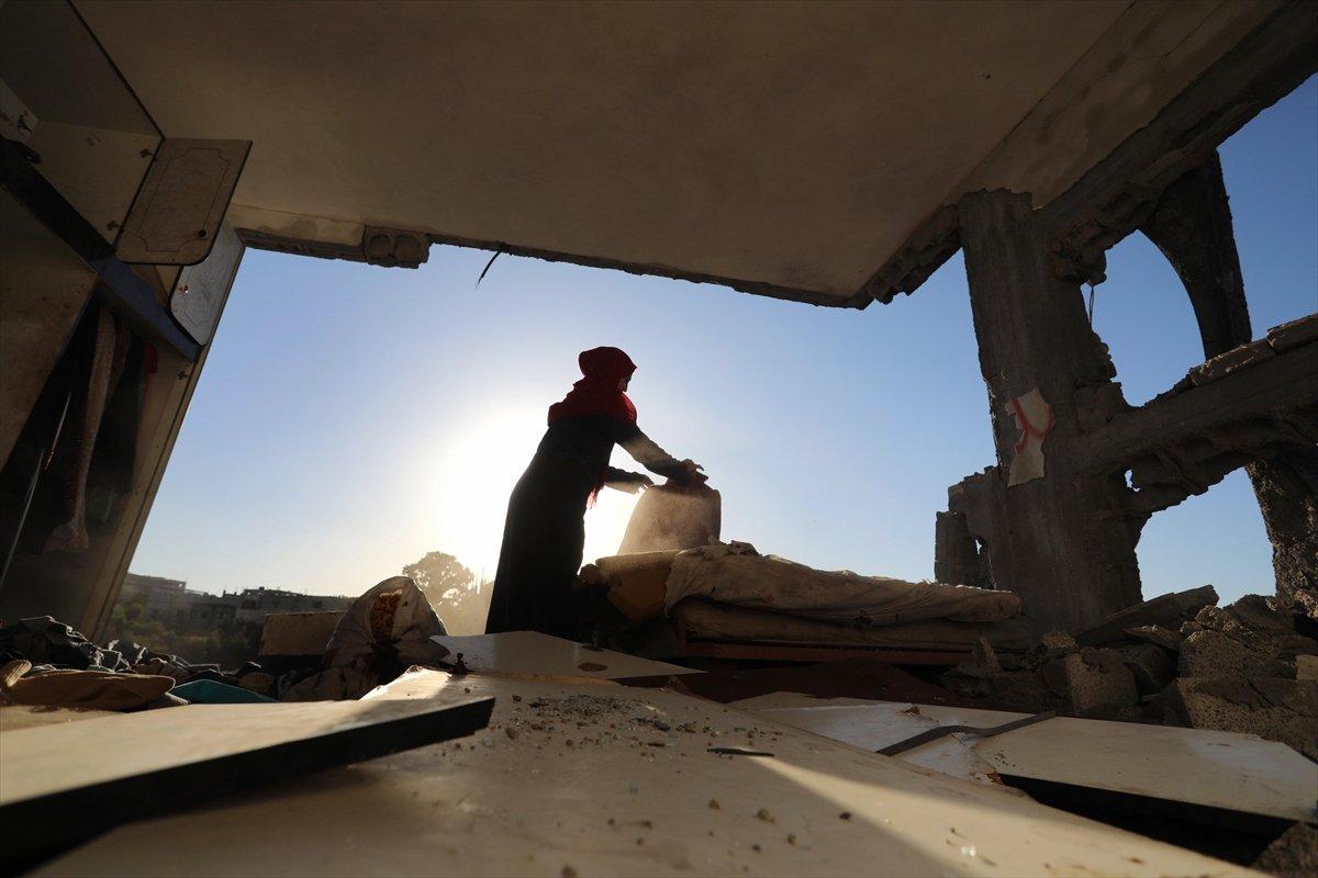 Filistinliler harabeye dönen evlerine geri döndü #4