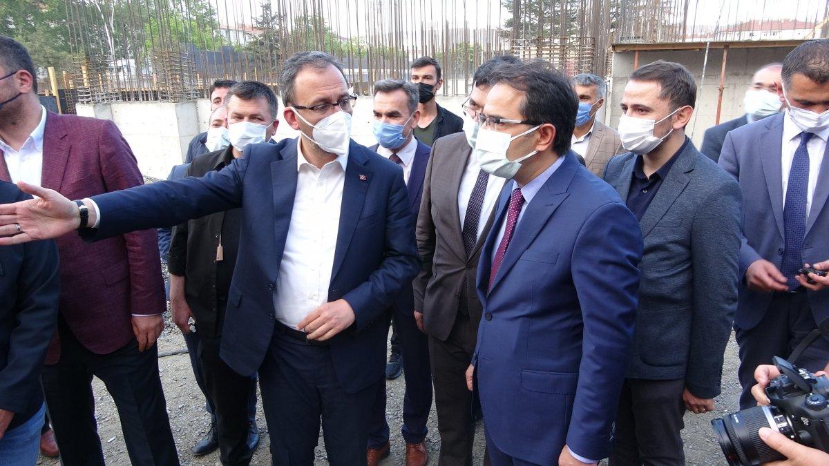 Mehmet Muharrem Kasapoğlu Çankırı da yapımı süren havuz inşaatını inceledi #3