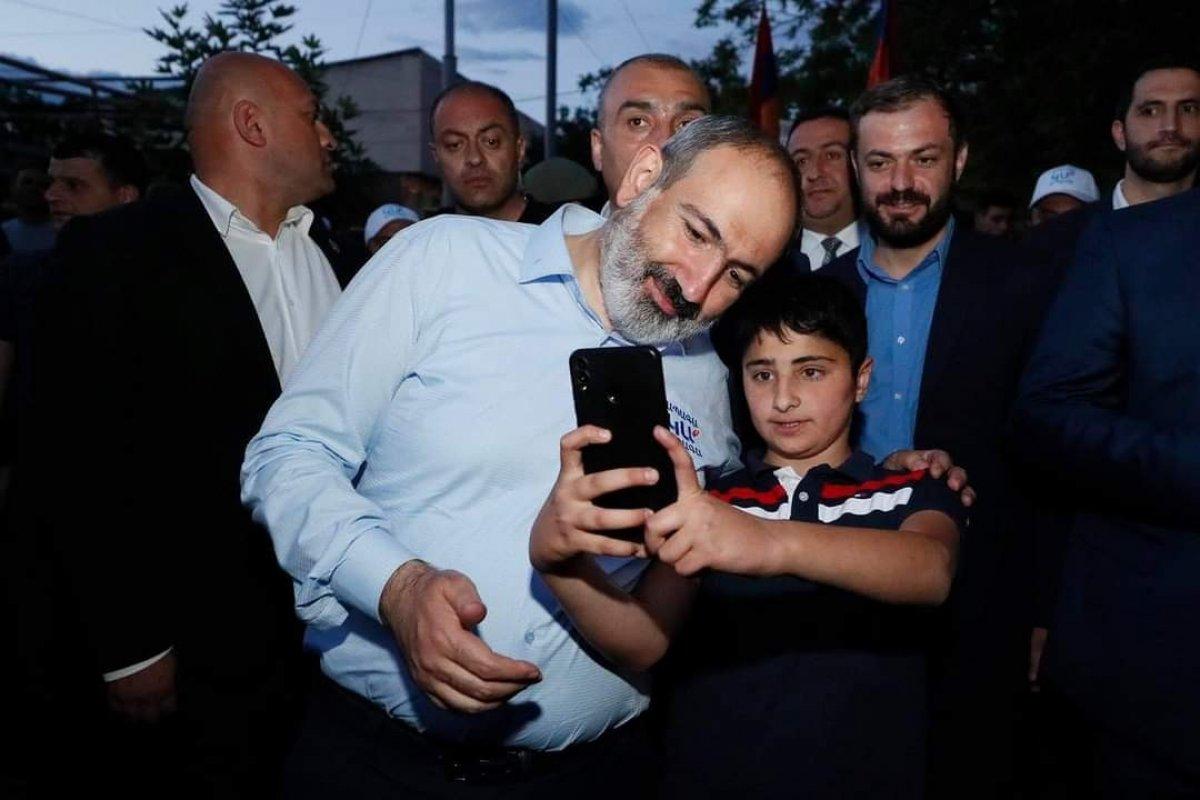 Nikol Paşinyan, Azerbaycan'dan oğluna karşı tüm Ermeni esir askerleri geri istedi #3