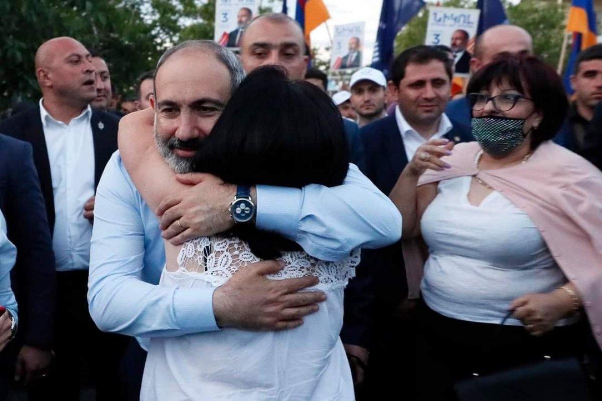 Nikol Paşinyan, Azerbaycan'dan oğluna karşı tüm Ermeni esir askerleri geri istedi #1
