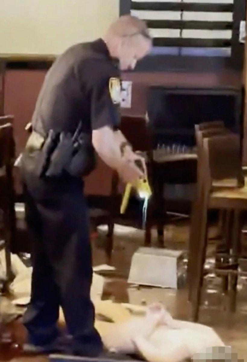 ABD de bir kadın çırılçıplak girdiği mekanı birbirine kattı  #4