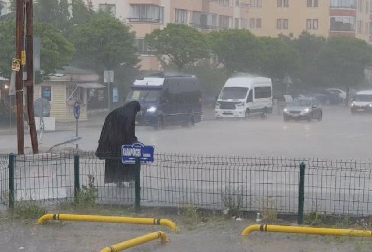 Ankara da caddeleri sel bastı #2