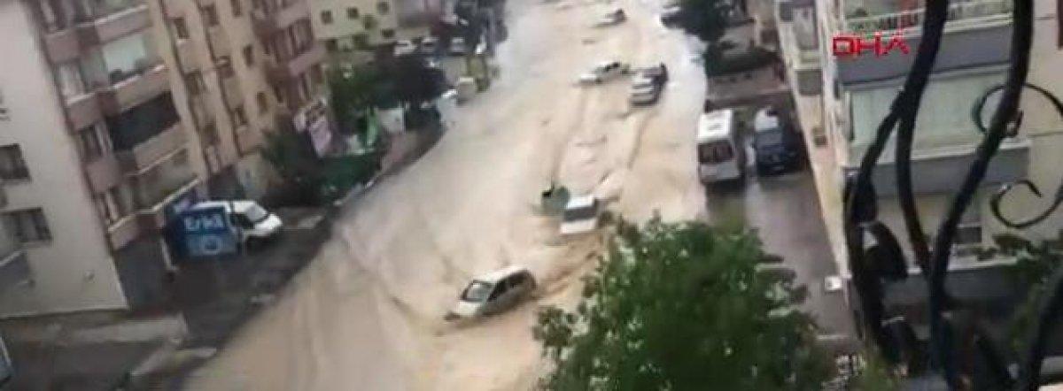 Ankara da caddeleri sel bastı #5