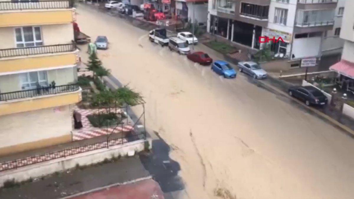 Ankara da caddeleri sel bastı #4