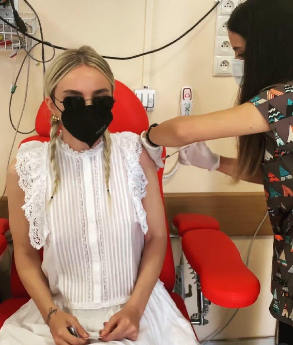 Gülşen aşı oldu #1