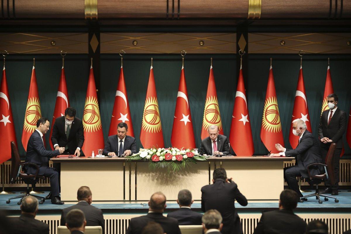 Cumhurbaşkanı Erdoğan: Kırgızistan la ticaret hacmindeki hedefimiz 1 milyar dolar #1
