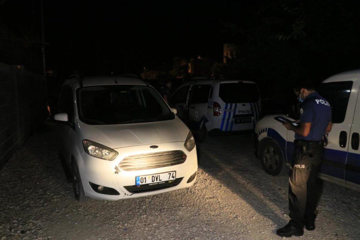 Adana da silahlı kavgaya giderken polise yakalandılar #2