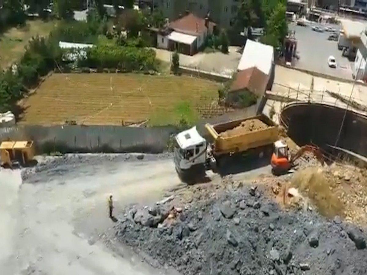 İBB, Yenidoğan Metro Hattı inşaatını hafriyatla kapatmayı sürdürüyor #2
