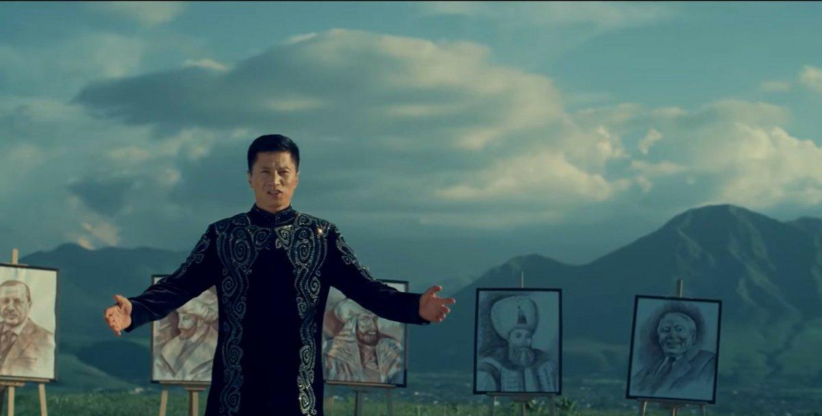 Kırgız sanatçı Turdakun Niyazaliyev den 'Büyük Türkiye' şarkısı #3