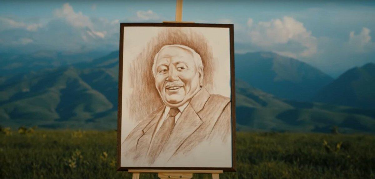 Kırgız sanatçı Turdakun Niyazaliyev den 'Büyük Türkiye' şarkısı #2