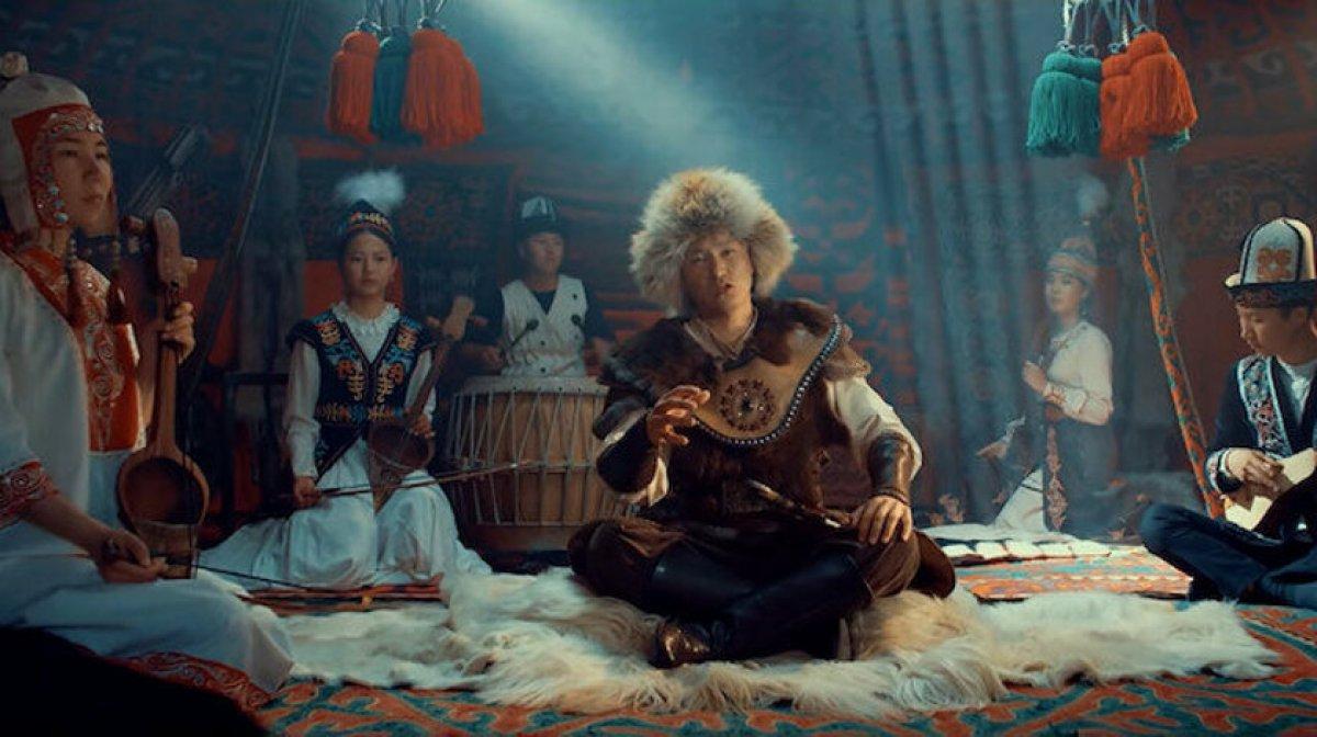 Kırgız sanatçı Turdakun Niyazaliyev den 'Büyük Türkiye' şarkısı #4