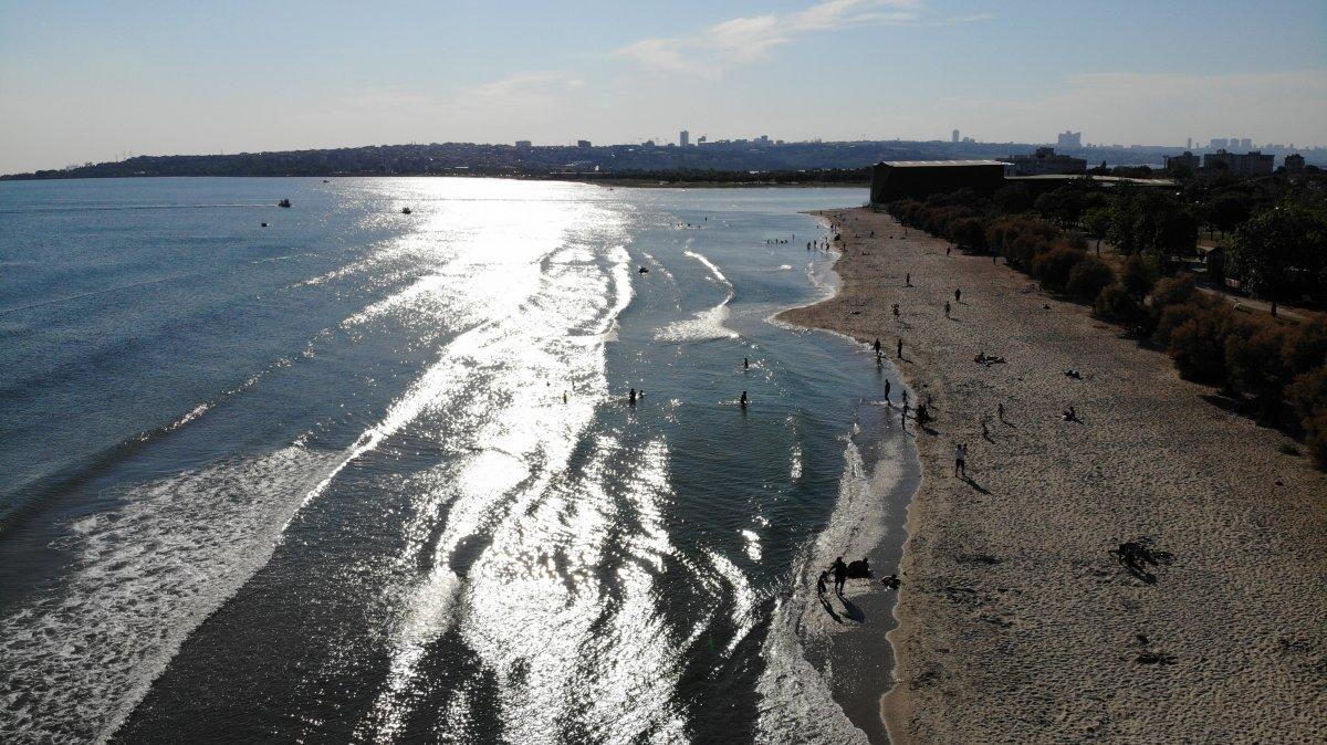 İstanbul da bir yandan müsilaj temizliği, bir yandan deniz keyfi #1