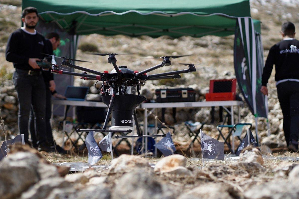 Drone ulaşması zor alanlara ağaç tohumu atacak #3