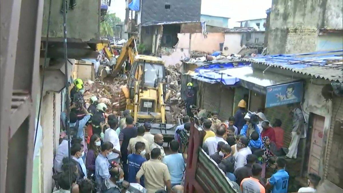Hindistan da bina çöktü: 11 ölü #3