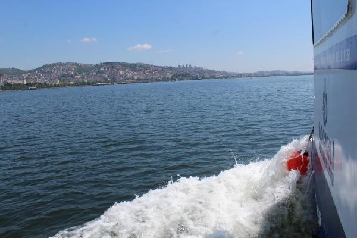 İzmit Körfezi nde müsilaj temizlendi, balıkçılar açıldı  #5