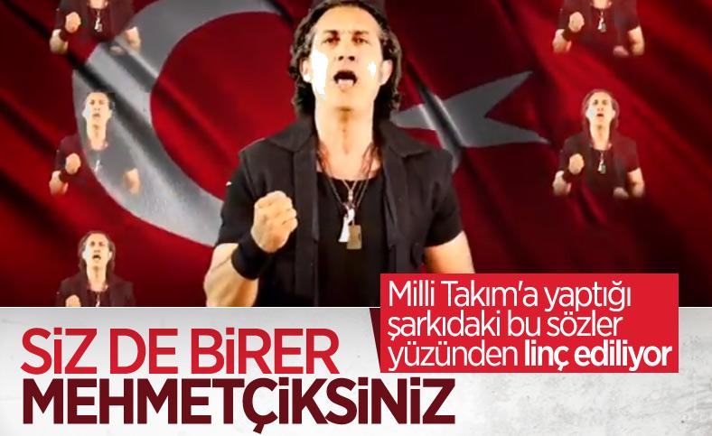 Kıraç'ın milli takım futbolcularına şarkısında Mehmetçik demesi tepki topladı