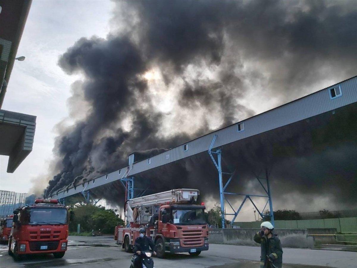 Tayvan'da, dünyanın 4'üncü büyük elektrik santralinde yangın çıktı #1