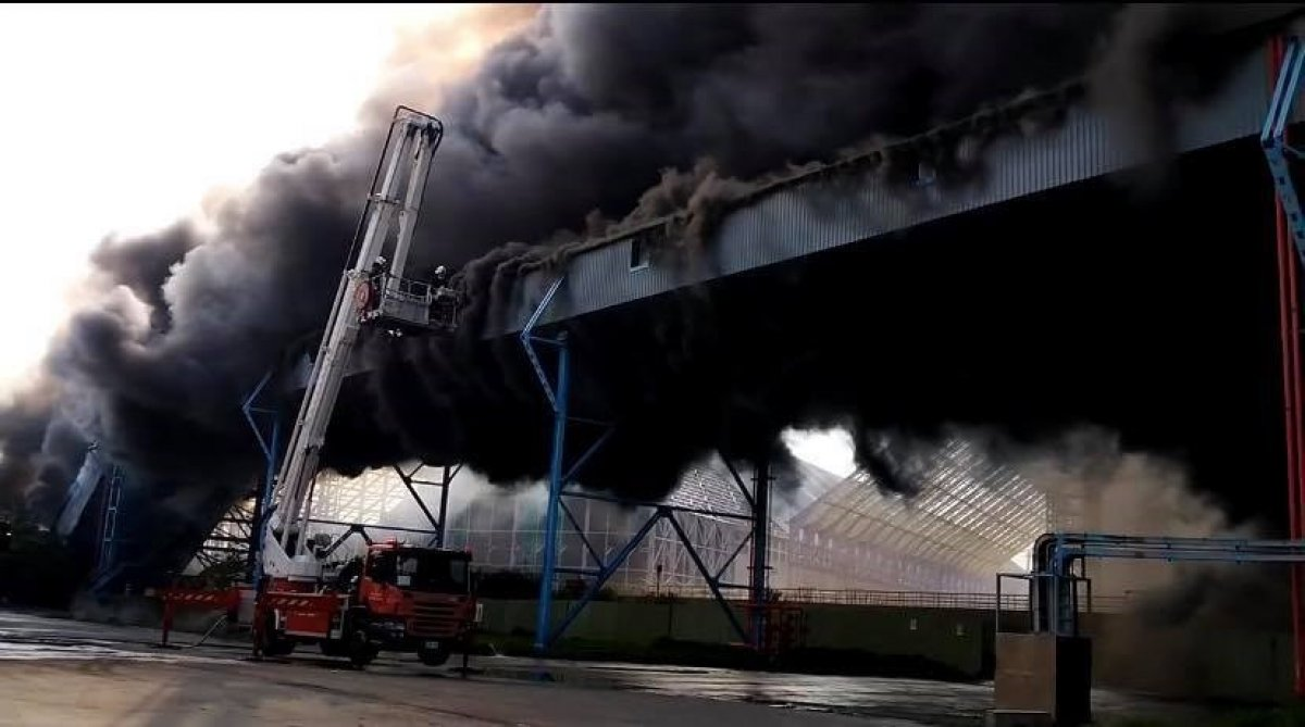 Tayvan'da, dünyanın 4'üncü büyük elektrik santralinde yangın çıktı #2