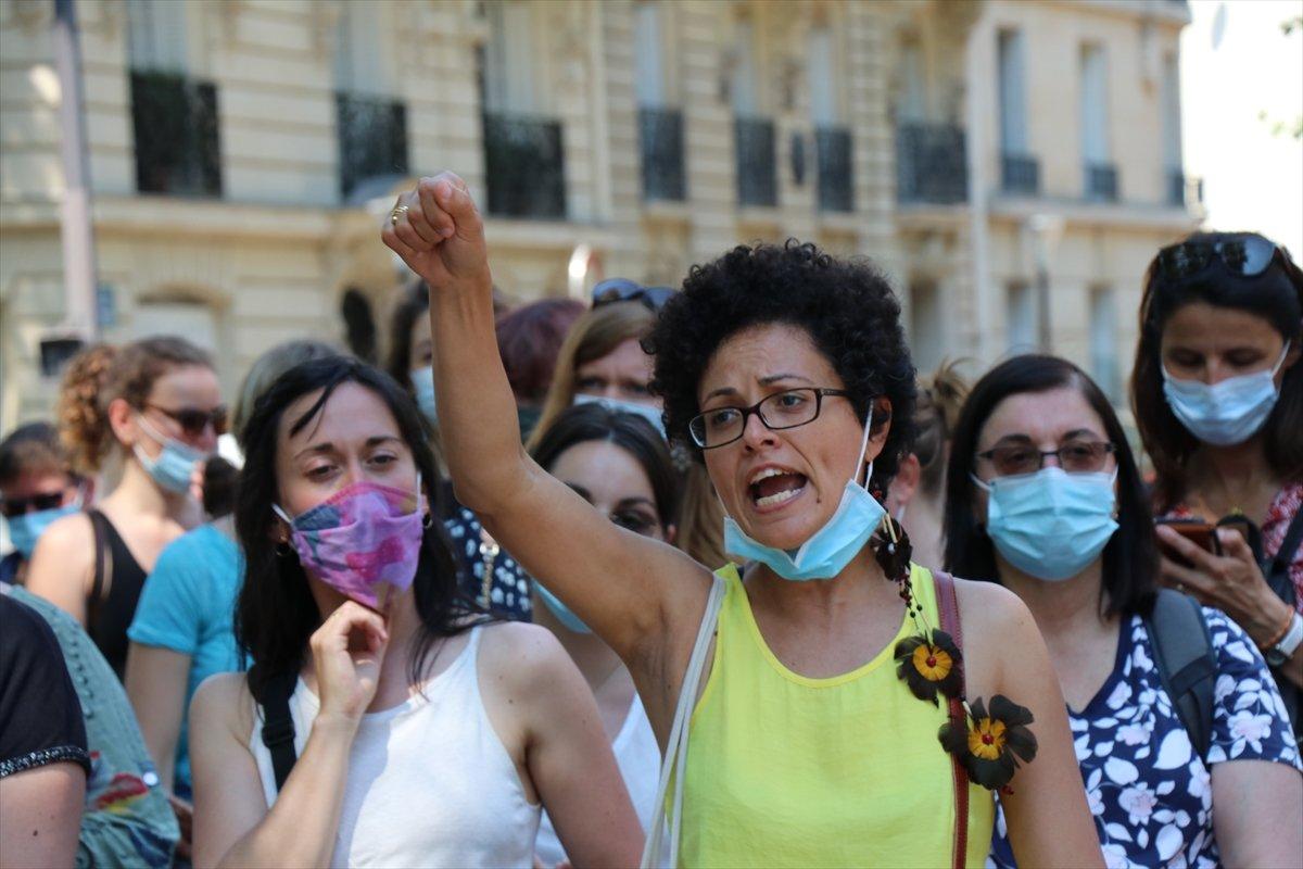 Fransa da psikologlar gösteri düzenledi #6