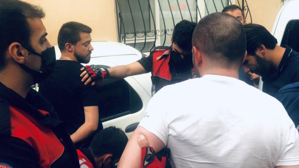 Bursa da polisin  dur  ihtarına uymayan sürücü, kovalamaca sonucu yakalandı #3