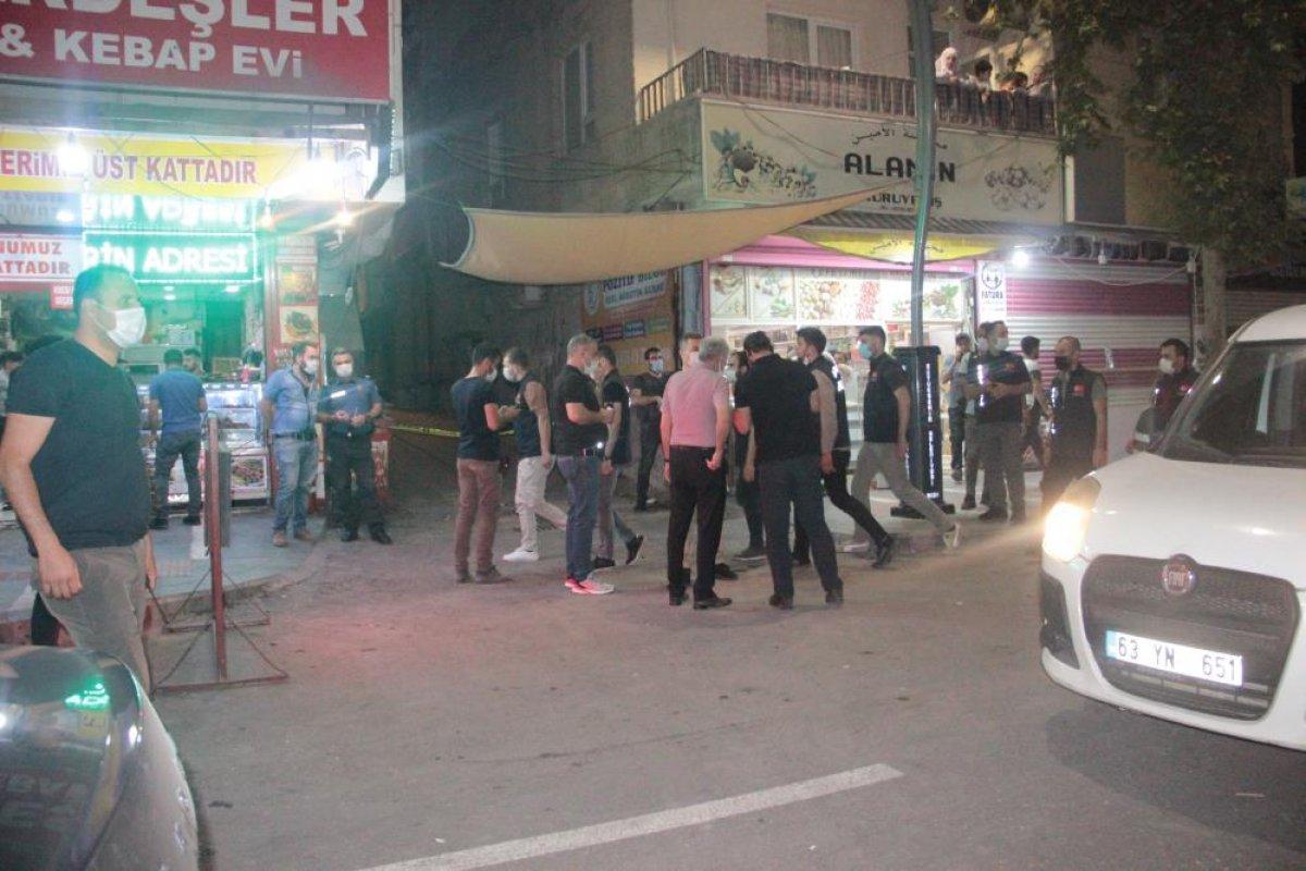 Şanlıurfa'da sivil araçtaki polislere silahlı saldırı #2