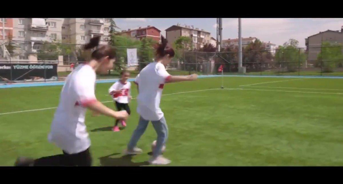 Ziya Selçuk: Bizim çocuklar, vurduğunuz gol olsun #1
