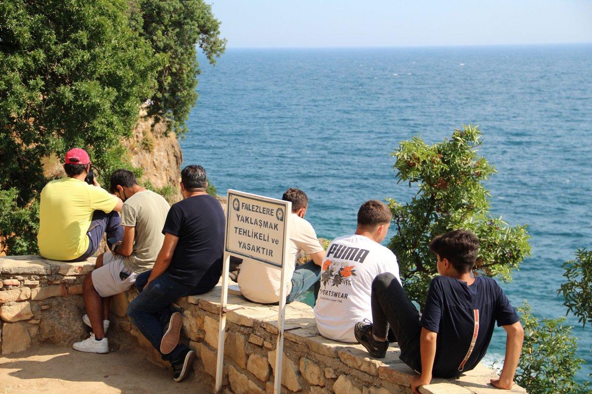 Antalya da itfaiye ceset çıkarma derdinde vatandaşlar ise izleme #4