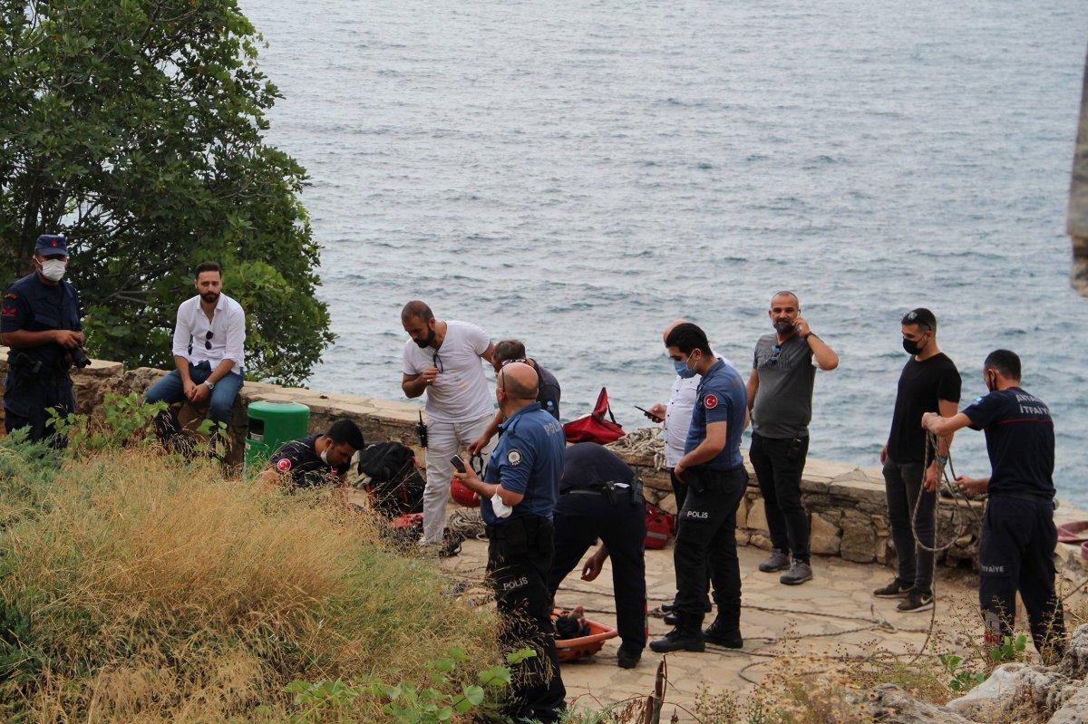 Antalya da itfaiye ceset çıkarma derdinde vatandaşlar ise izleme #5