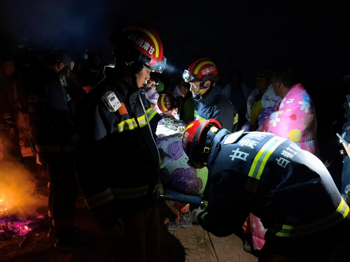 Çin de 21 yarışmacının öldüğü maratonu düzenleyen yetkili canına kıydı #1