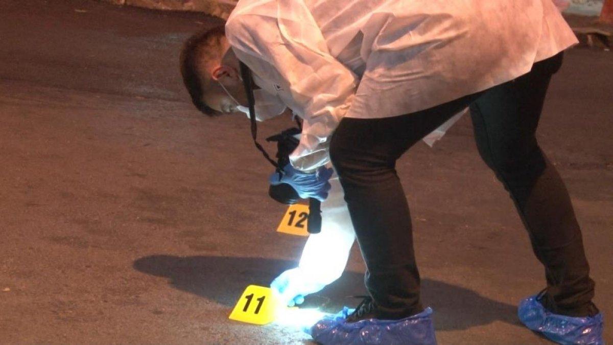 İstanbul da çocuğunu parka götürmek için sokağa çıkan baba silahlı saldırıda öldü #1