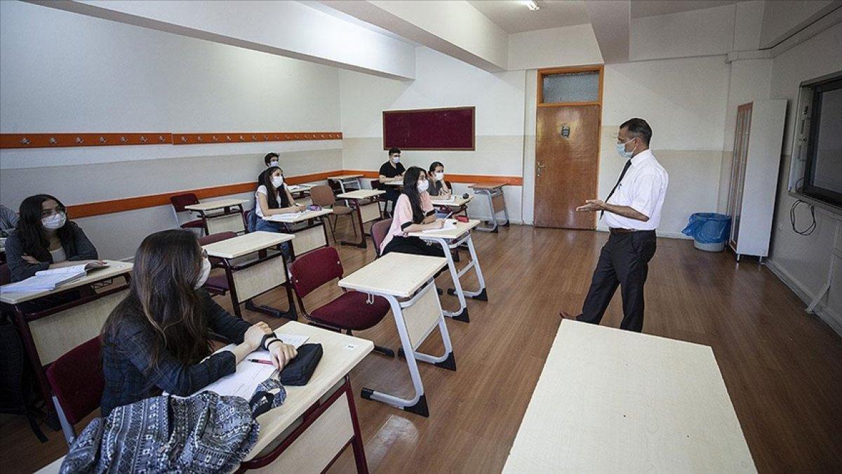 Lise öğrencilerine karne ve başarı belgeleri dijital ortamda verilecek #3