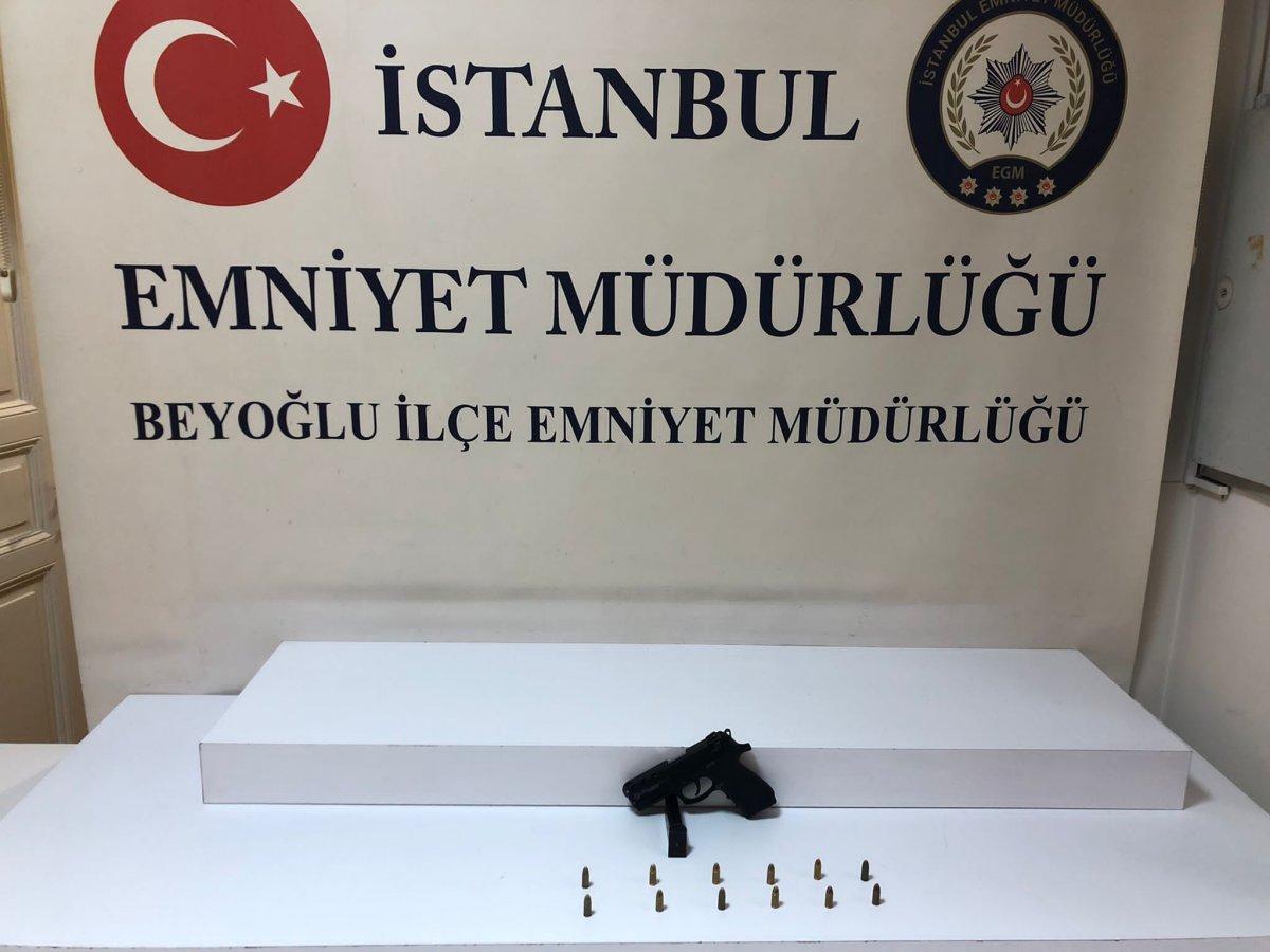 İstanbul da polis canını hiçe sayıp hayat kurtardı #6