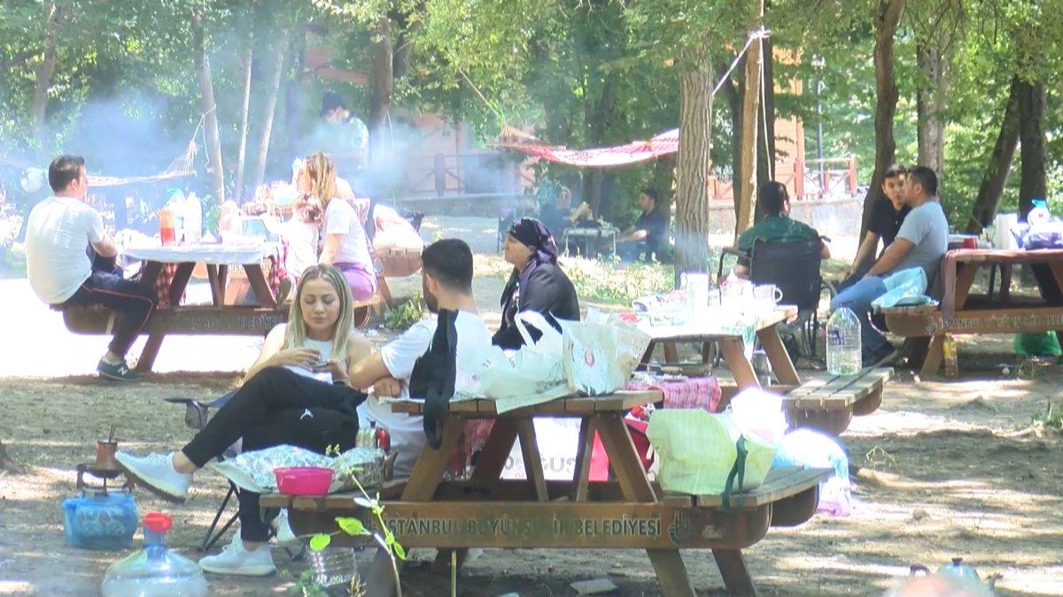 Belgrad Ormanı girişinde kilometrelerce araç kuyruğu #4