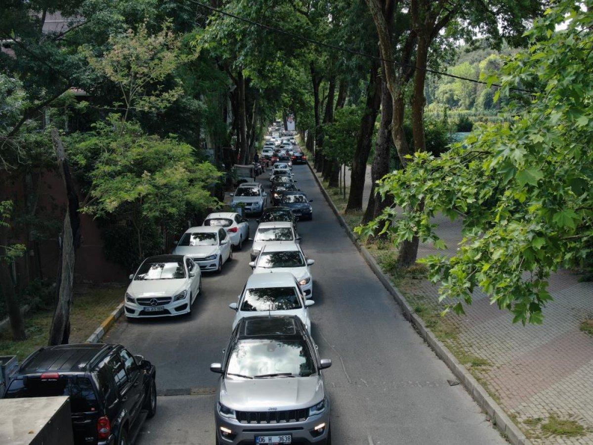 Belgrad Ormanı girişinde kilometrelerce araç kuyruğu #5