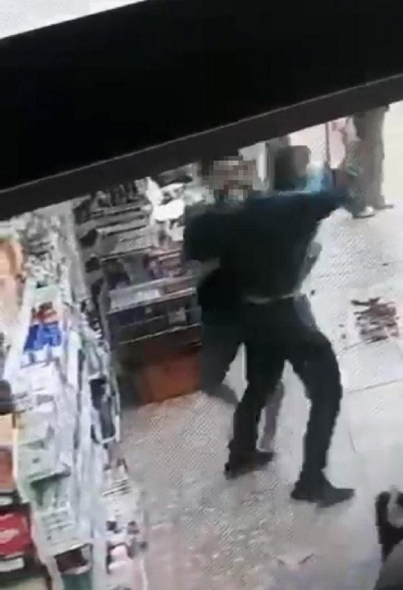 İzmir de kasiyer tartıştığı müşteriye ateş açtı  #4