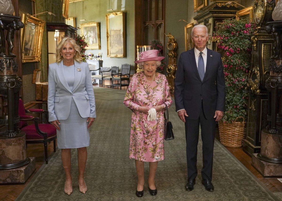 Joe Biden, İngiltere Kraliçesi II.Elizabeth ile bir araya geldi #2