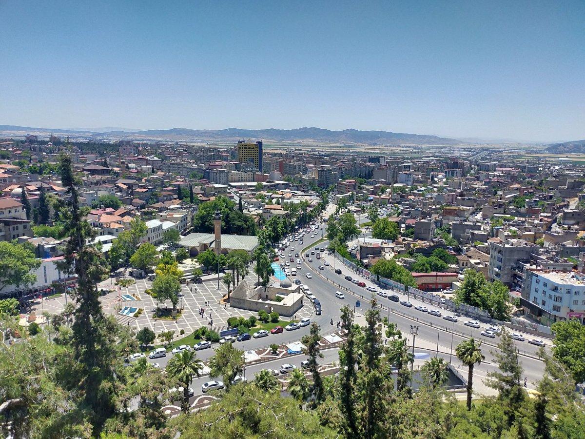 Kahramanmaraş taki renkli bina Kurban Bayramı'nda yıkılacak #4