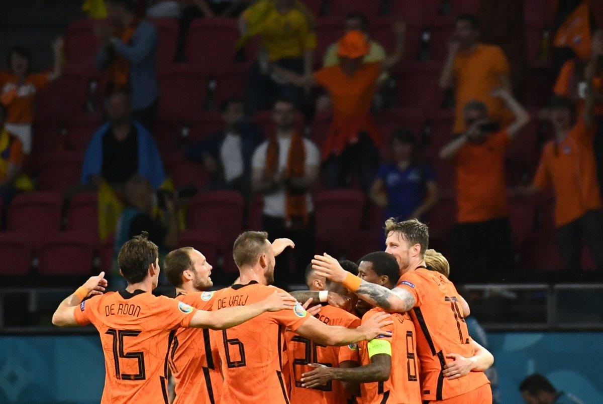 Hollanda, Ukrayna yı 3 golle mağlup etti #4