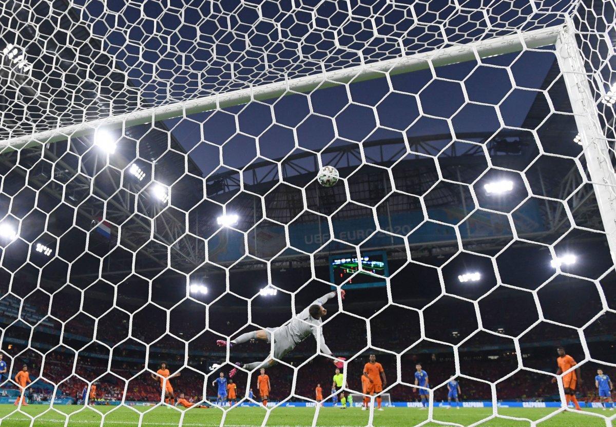 Hollanda, Ukrayna yı 3 golle mağlup etti #3