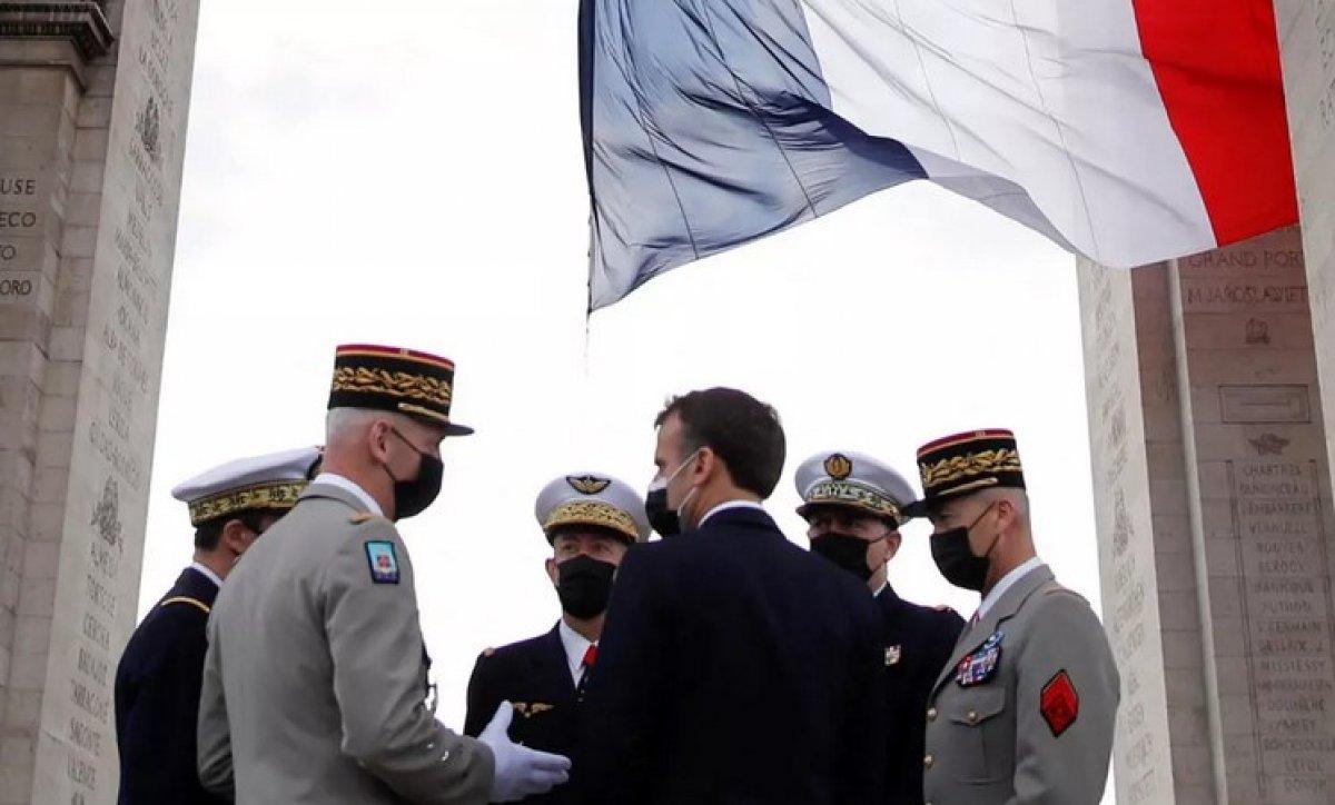 Fransa da muhtırayı imzalayan 6 emekli general mahkemeye çıkacak #1