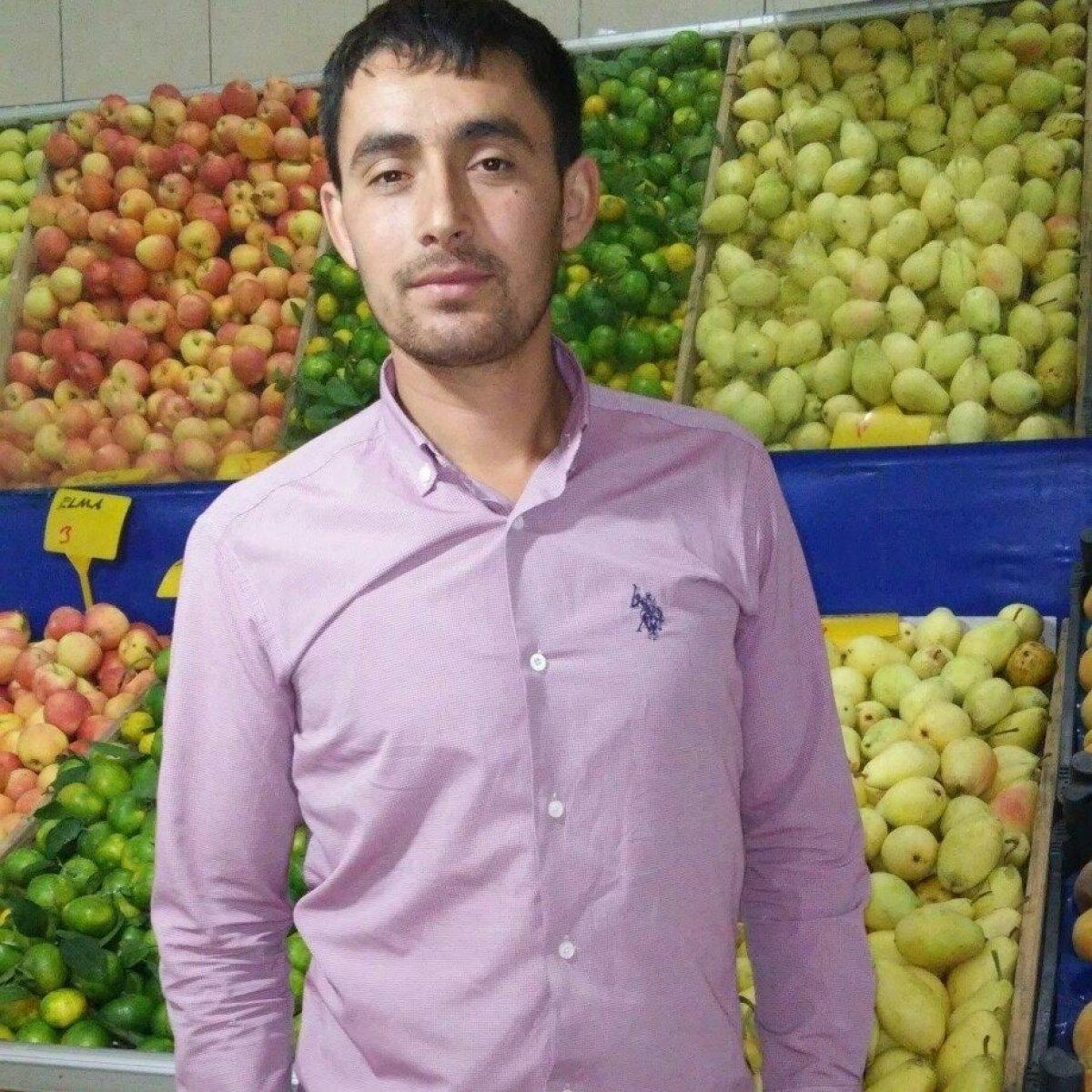 Konya da market sahibinin öldürülmesi güvenlik kamerasında #3