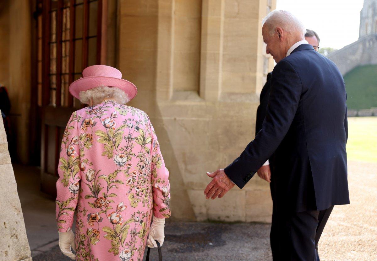 Joe Biden, İngiltere Kraliçesi II.Elizabeth ile bir araya geldi #7