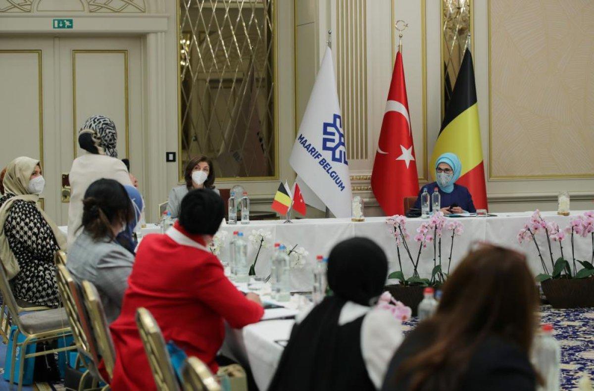Emine Erdoğan, Belçika daki Türk STK larının temsilcileriyle bir araya geldi  #3