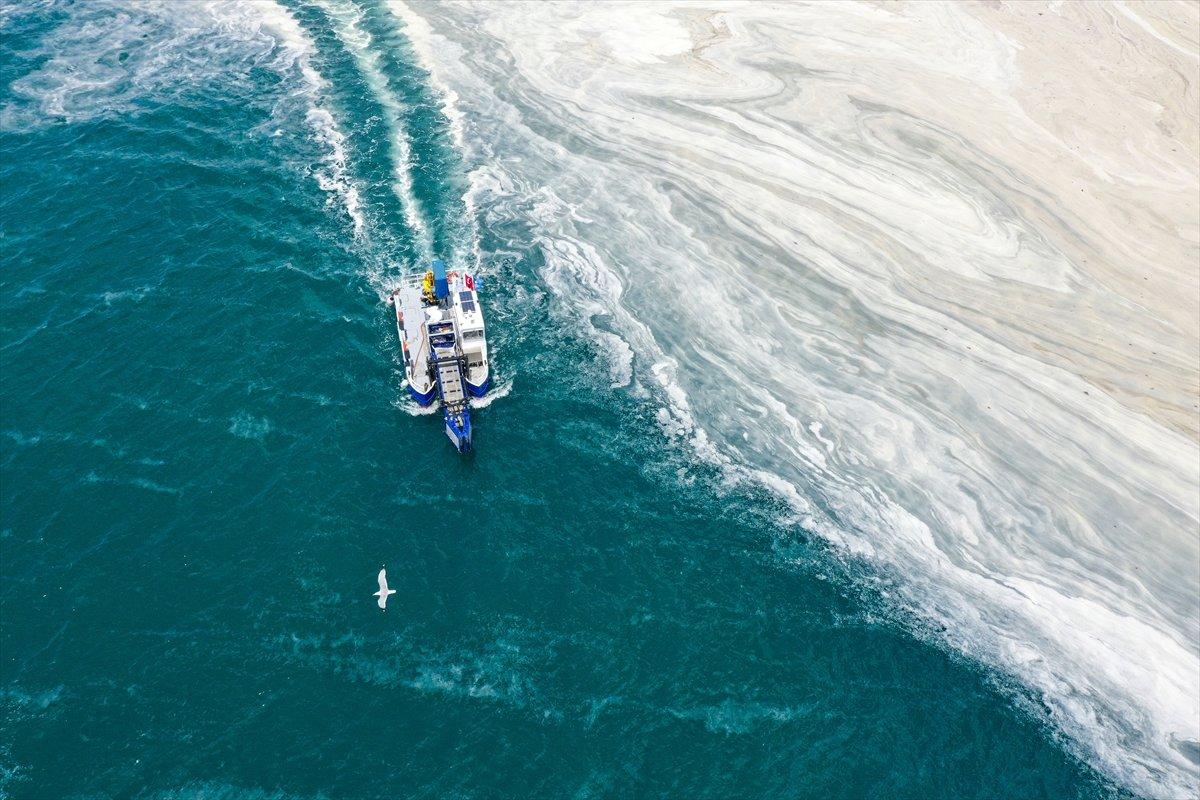 Marmara Denizi nden 5 günde 1700 metreküp müsilaj temizlendi #1
