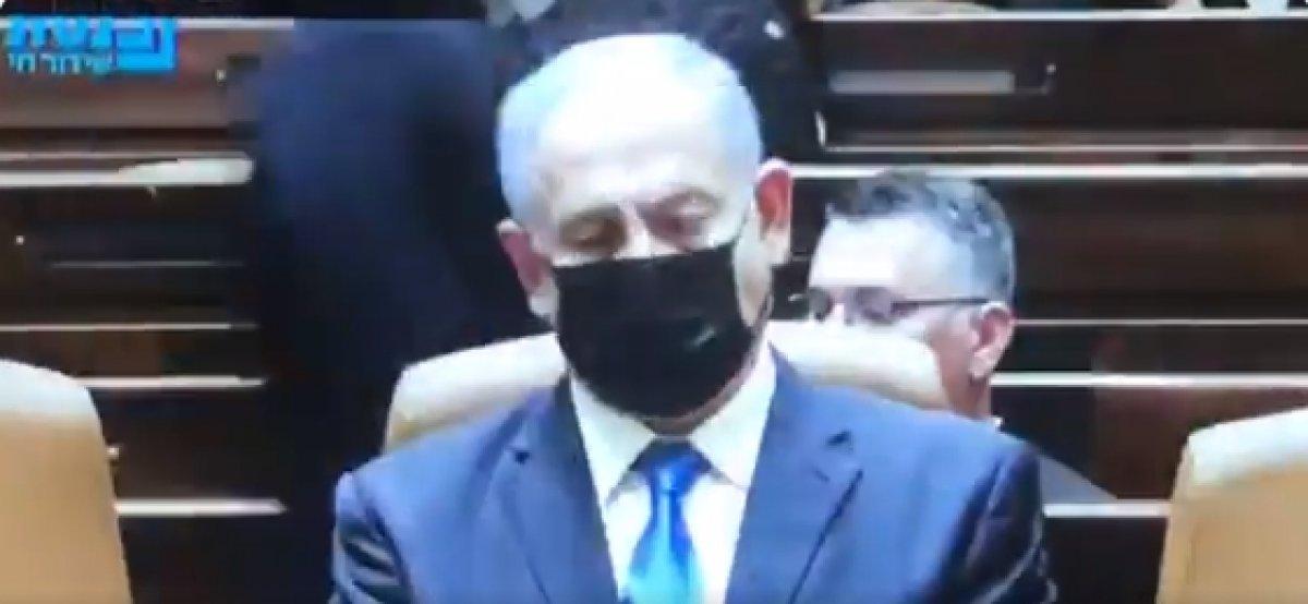 Güven oylaması sonrası Netanyahu ya koltuktan kalk uyarısı #2