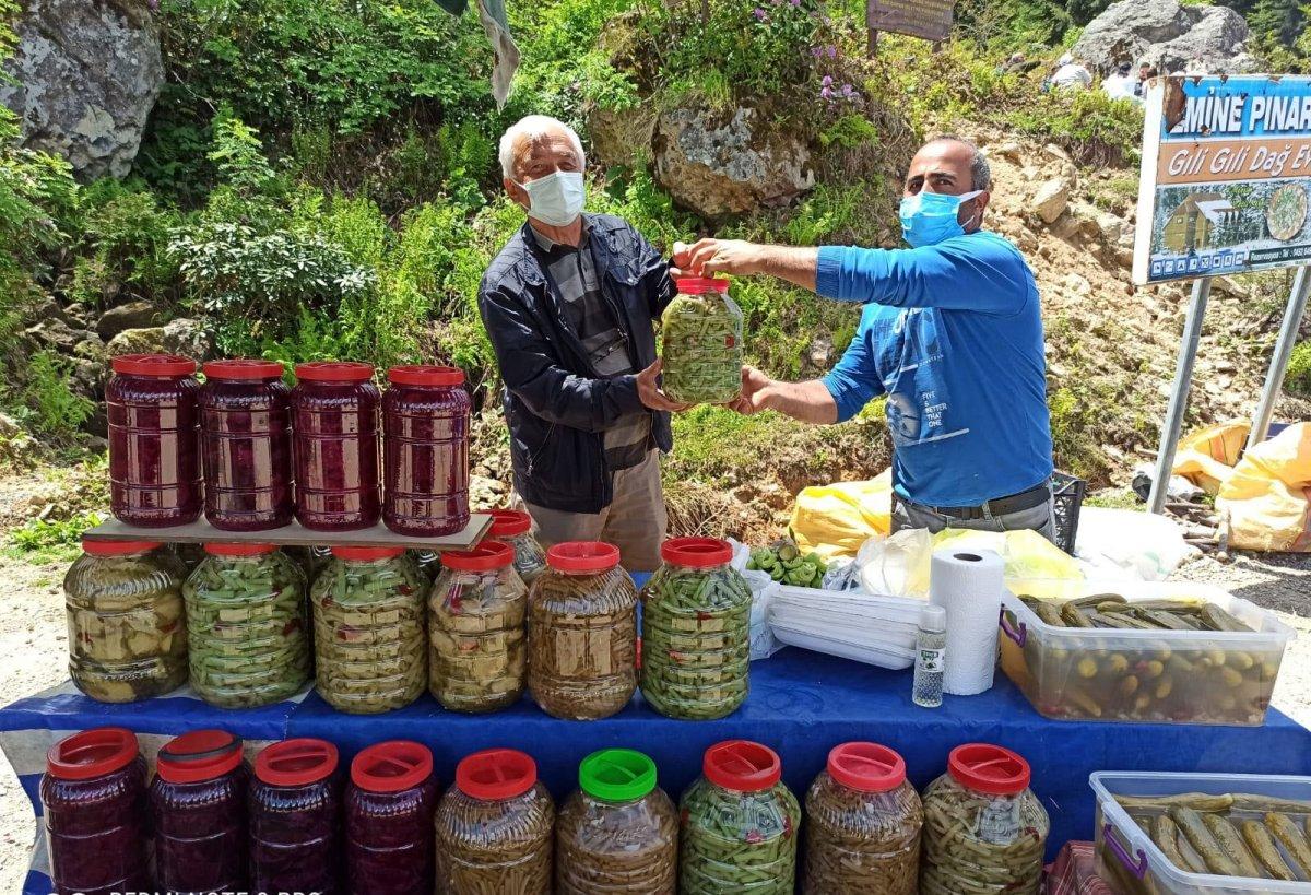 Ordu da taze ürünler yayla pazarında #3