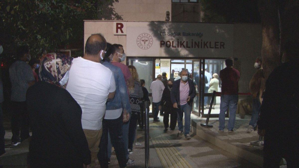 İzmir'de koronavirüs aşısına yoğun talep #2