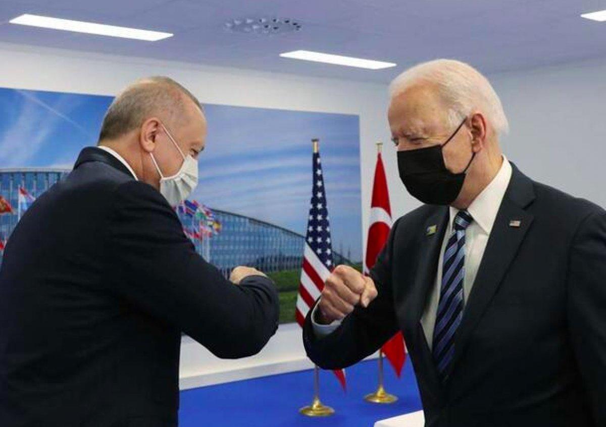 NATO Zirvesi nde Cumhurbaşkanı Erdoğan, Biden a kitap verdi #5