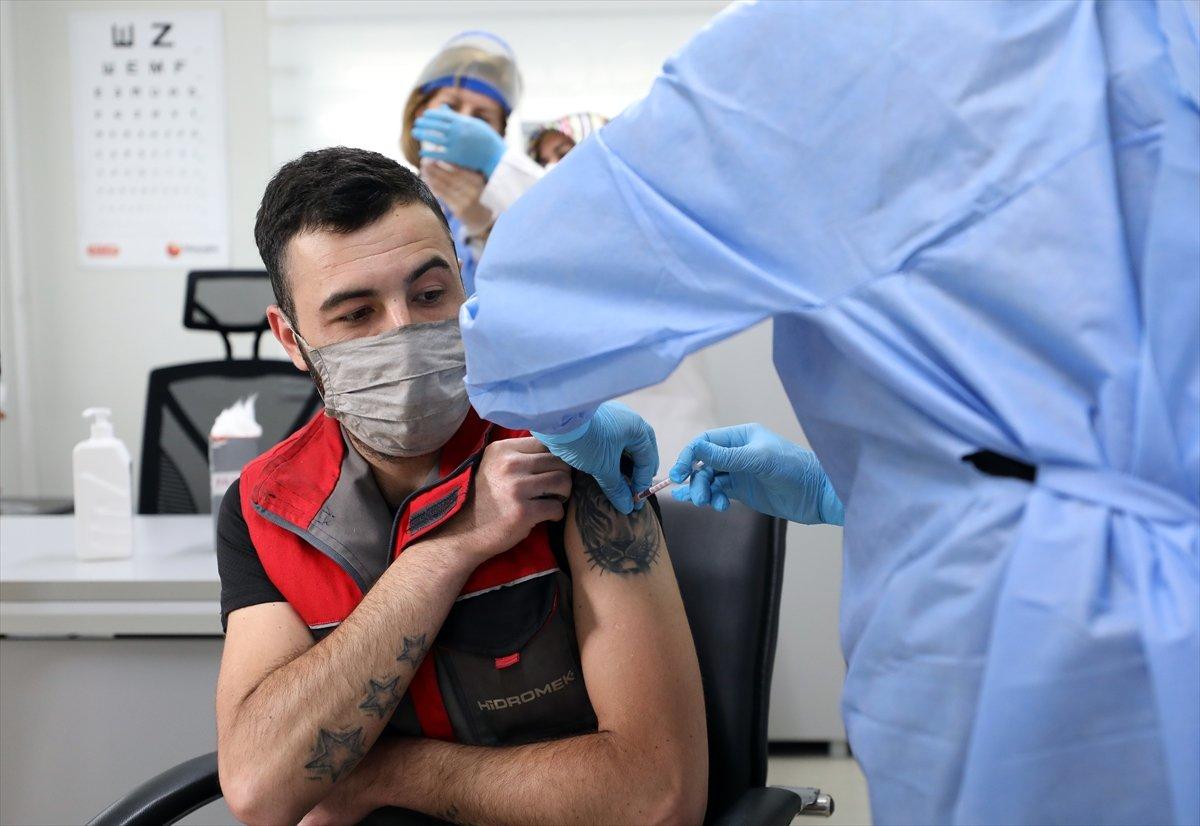 Ankara da mobil sağlık ekipleri  yerinde aşı  uygulamasını başlattı #4