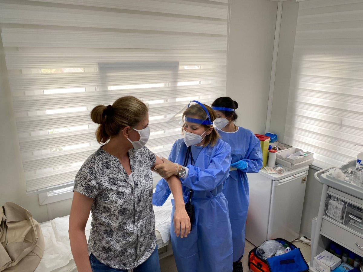 Ankara da mobil sağlık ekipleri  yerinde aşı  uygulamasını başlattı #2